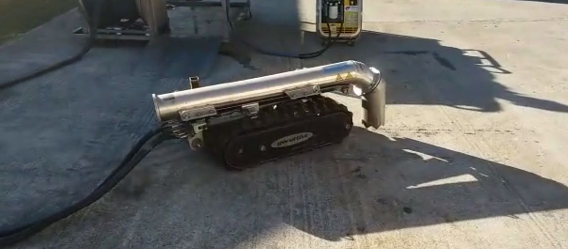 Remote Operator Underwater Vehicle Cleaning